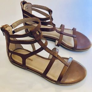NWOT Hush Puppies Camel Gladiator Sandals